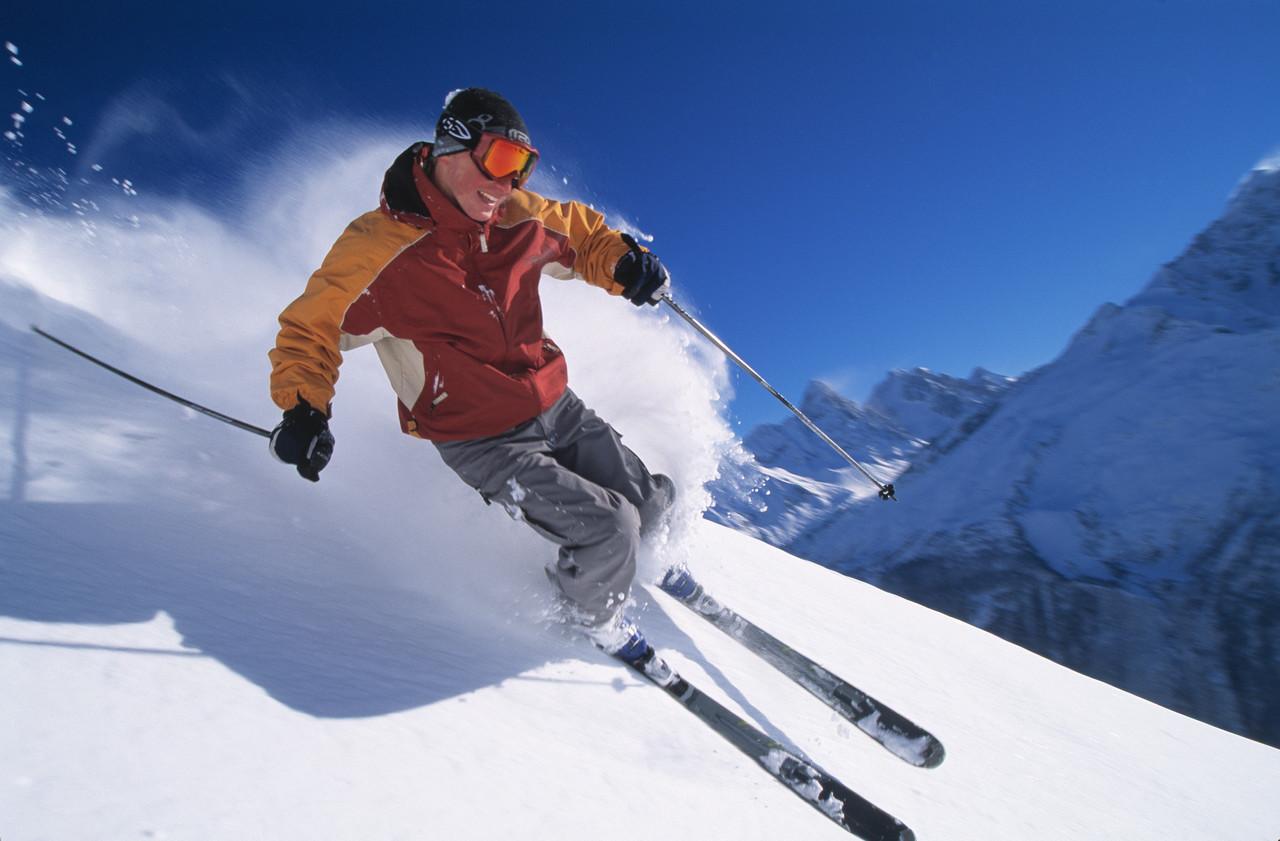 Les touristes du monde entier choisissent la France pour skier